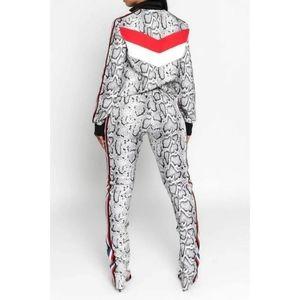 ultrachicfashion.com Jackets & Coats - Snakeskin Pants Set